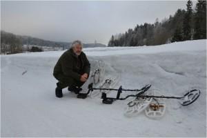 kriminalsak på vinteren i dyp snø